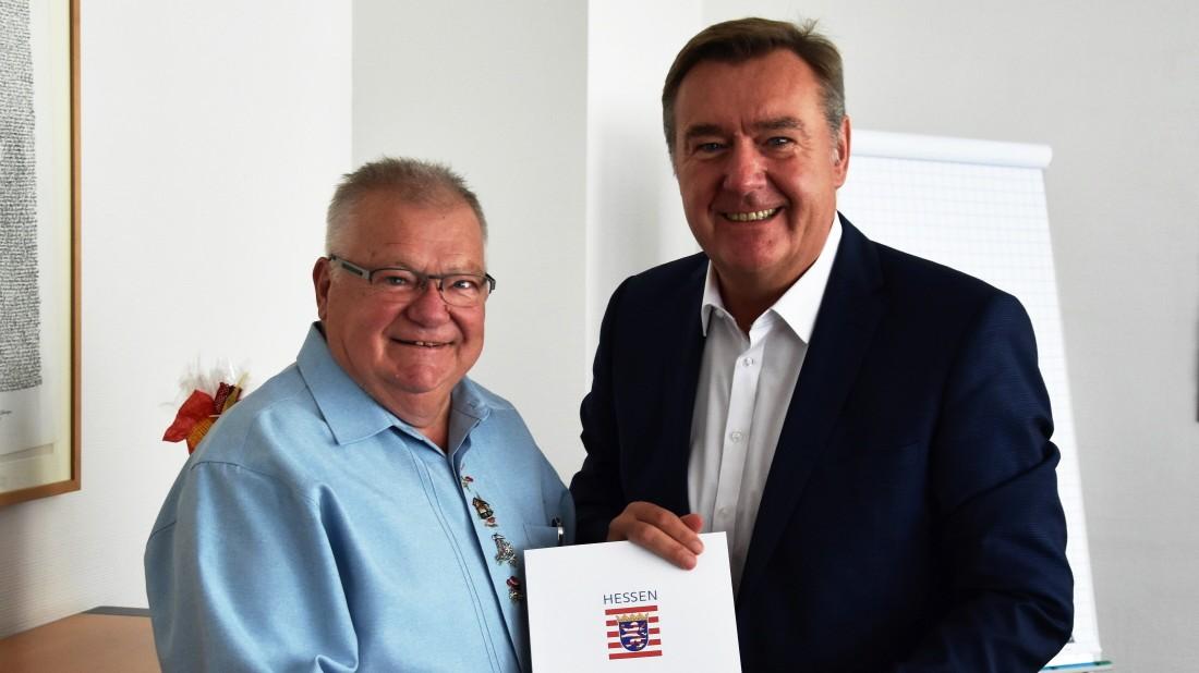 Hessen: SPD-Oberbürgermeister zeichnet Republikaner aus