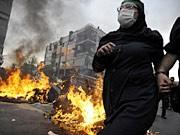 Straßenschlachten nach Ahmadinedschads Sieg ; AFP