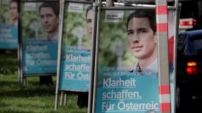 Österreich: ÖVP-Chef Sebastian Kurz auf Wahlplakaten