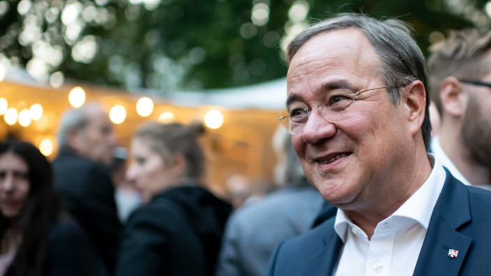 Armin Laschet beim Sommerfest der Landesvertretung Nordrhein-Westfalen