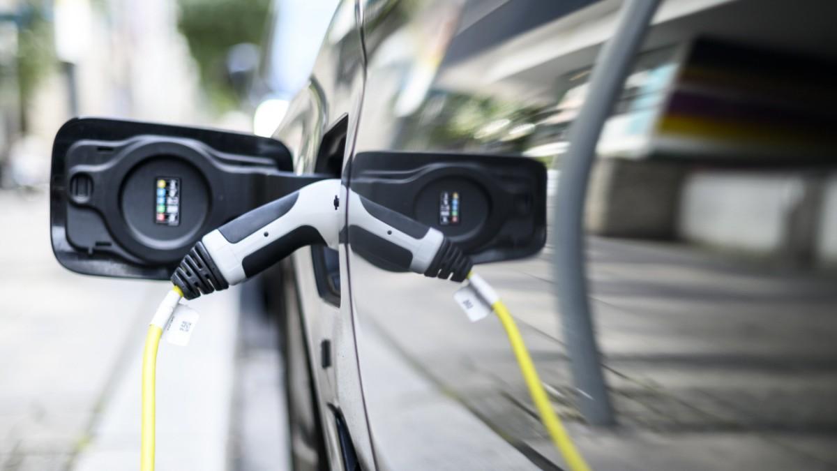 Umweltbilanz von E-Autobatterien besser als gedacht