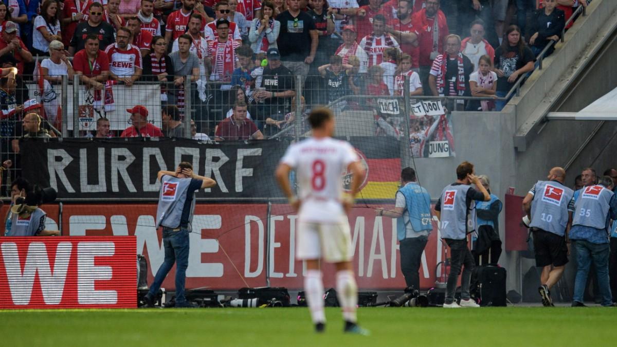 Zwölf Verletzte nach Böllerwurf in Köln