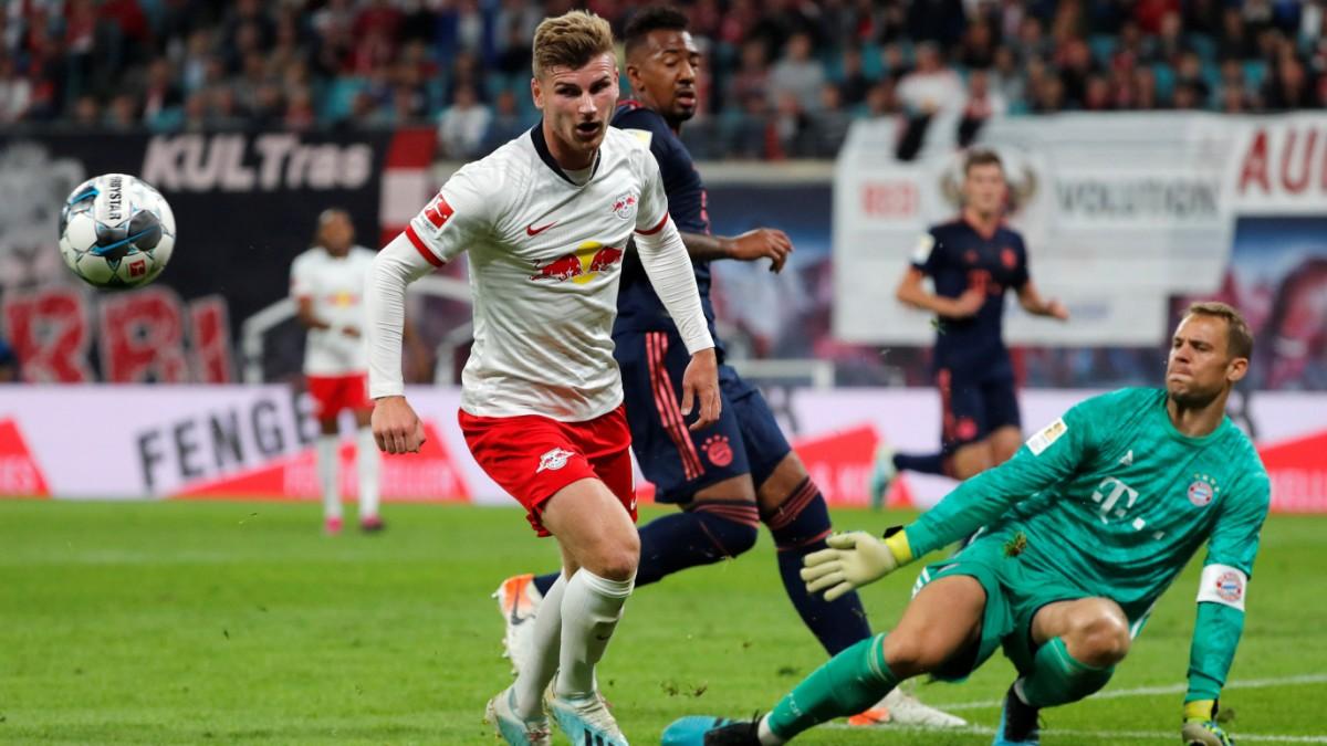 FC Bayern: Manuel Neuer glänzt in Leipzig