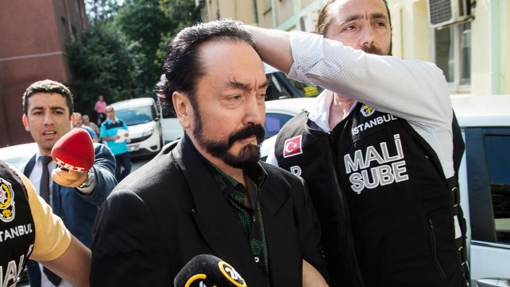 Evolutionsleugner Adnan Oktar erneut angeklagt