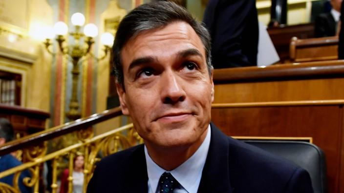 Spanien: Ministerpräsident Pedro Sanchez spricht 2019 im Parlament