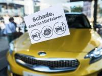 Política de tráfico SUV = símbolo de falla de protección ambiental