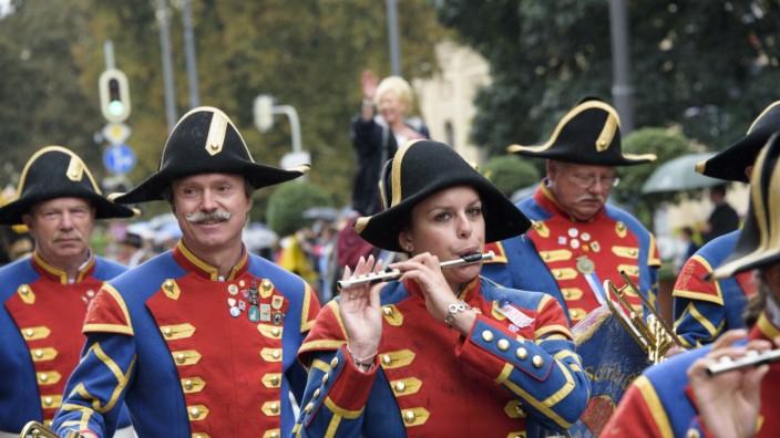 Trachten- und Schützenumzug zum Münchner Oktoberfest, 2016