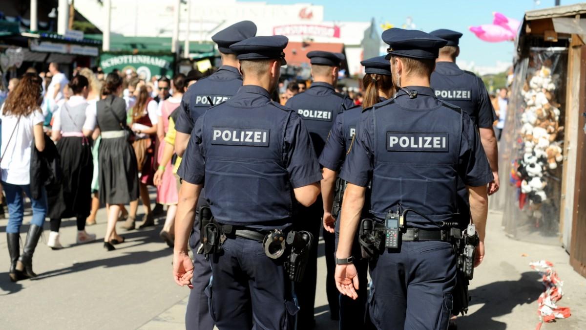 Newsblog zum Oktoberfest: Rassistischer Angriff auf 18-jährigen Münchner - der wehrt sich