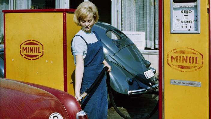 Minol-Tankstelle DDR / Foto um 1960