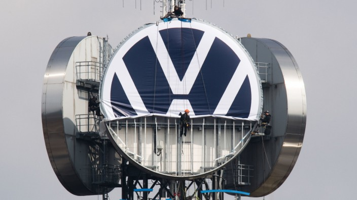 Neues VW Logo auf 'Telemoritz' in Hannover