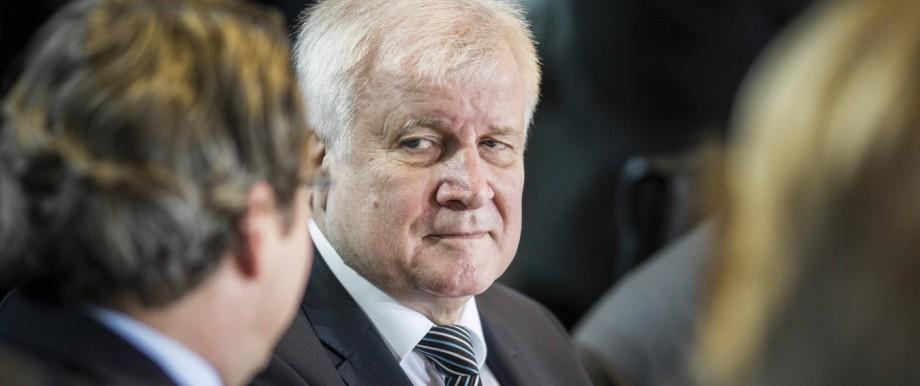 Bundesinnenminister Horst Seehofer R CSU und Bundesverkehrsminister Andreas Scheuer L CSU a