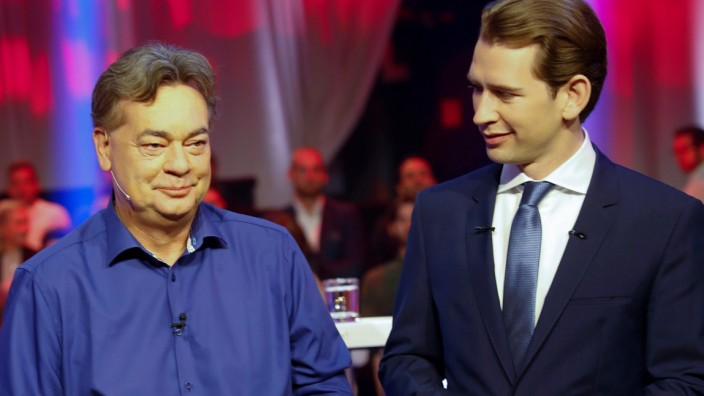 Party heads Kurz and Kogler wait for the start of a TV discussion in Vienna