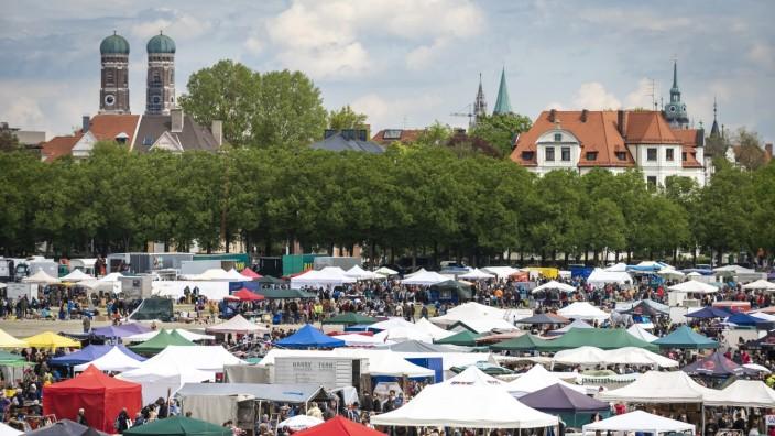 Großflohmarkt auf der Münchner Theresienwiese, 2016