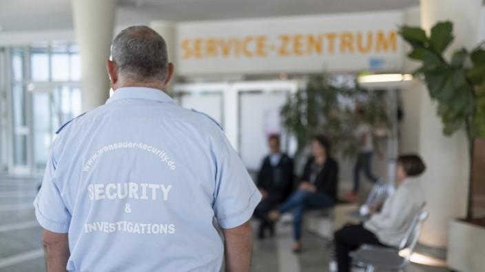 Sicherheitsdienst im Erdinger Landratsamt