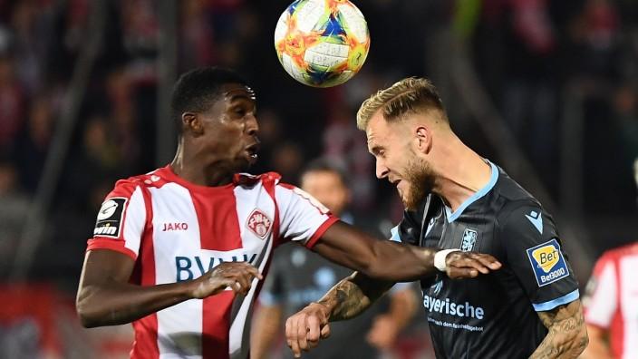 07.10.2019, xjhx, Fussball 3.Liga, Kickers Wuerzburg - TSV 1860 München emspor, v.l. Frank Ronstadt (Wuerzburger Kickers