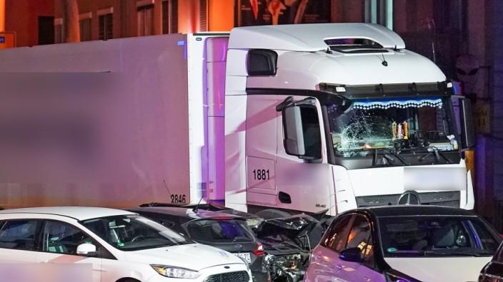 Limburg: Unfall mit einem gestohlenen Lkw im Oktober 2019