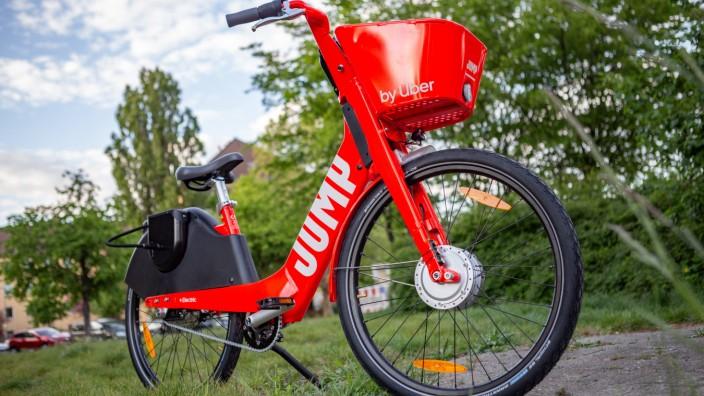 Uber startet E Bike Sharing US Fahrdienst bringt 1000 elektrische Fahrräder zum ausleihen in die H