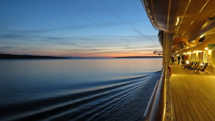 Kreuzfahrt Trinkgeld Cruise ship Schiff Bordguthaben Bordkonto Crew