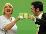 Grüne Parteitag Berlin Claudia Roth Cem Özdemir, AP