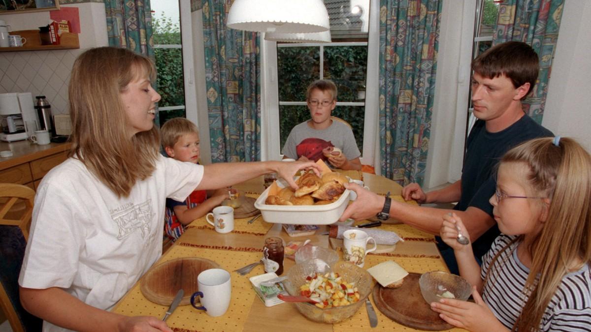 Sechs Komponenten einer gesunden Familienmahlzeit