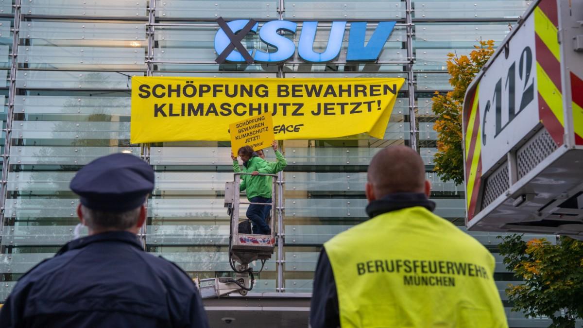 Greenpeace-Aktion in München: Aus CSU wird SUV