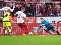 1. FC Köln - SC Paderborn 07