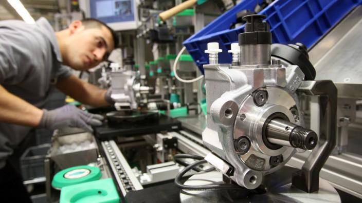 Industrie: Produktion beim Automobilzulieferer Bosch