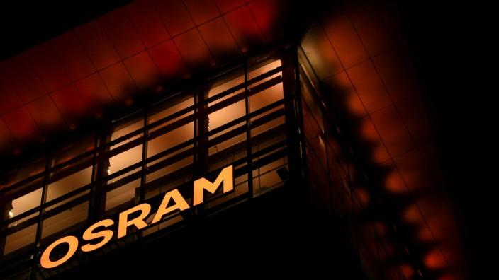 FILE PHOTO: The logo of German lighting manufacturer Osram is illuminated