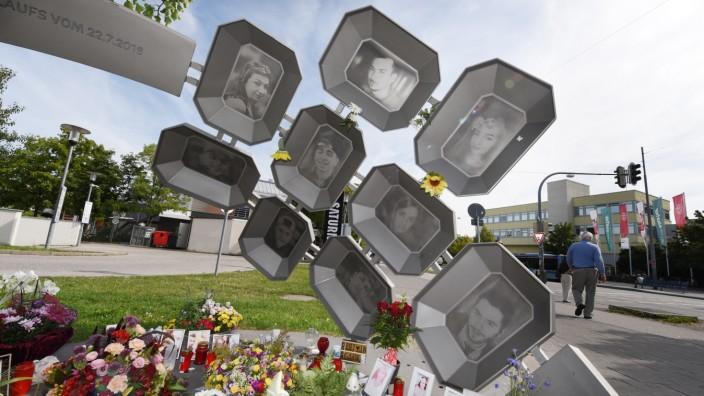 Denkmal für die Opfer des Anschlags am OEZ