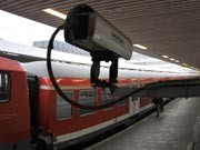 Überwachungskamera auf dem Bahnhof Hamburg-Altona, Foto: AP