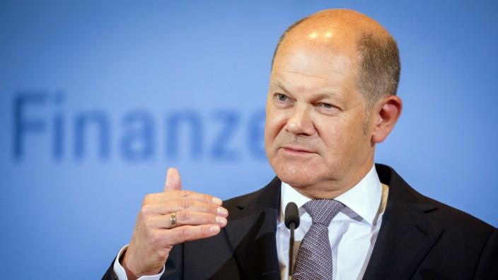 Olaf Scholz (SPD), Bundesminister der Finanzen, spricht auf einer Pressekonferenz