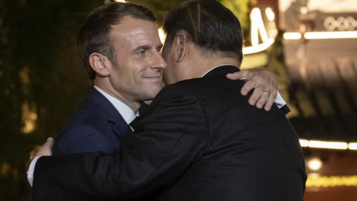 Macron in China