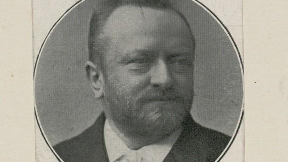 Rabbiner Cossmann Werner hat der jüdischen Gemeinde all seine Bücher geschenkt.