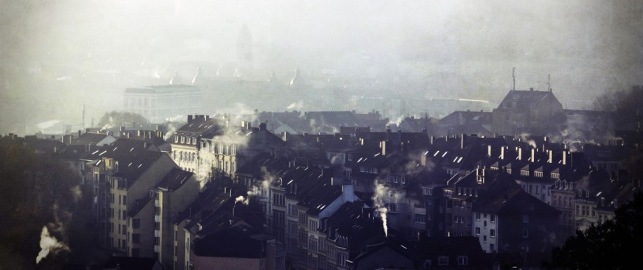 Germany Wuppertal Nordstadt houses on a hazy winter morning PUBLICATIONxINxGERxSUIxAUTxHUNxONLY D