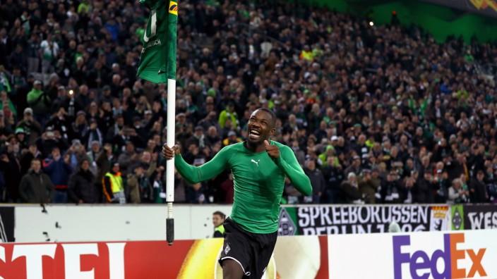 Europa League: Marcus Thuram jubelt beim Spiel Borussia Mönchengladbach gegen AS Rom