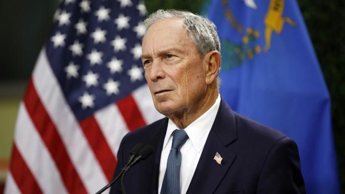 Detailansicht öffnenDer frühere New Yorker Bürgermeister Michael Bloomberg im Februar bei einer Konferenz