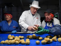 Boris Johnson beim Wahlkampf in Nordirland