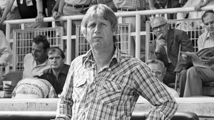 Trainer Heinz Höher (1. FC Nürnberg)