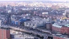 Hamburg leuchtet grün AP