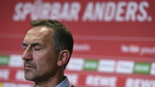 Bundesliga Beierlorzer on leave