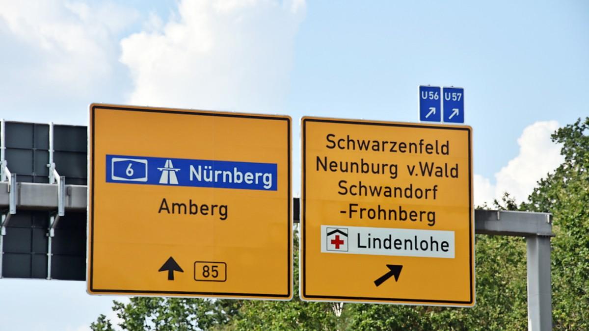 Bayern: Falsch beschriftete Straßenschilder