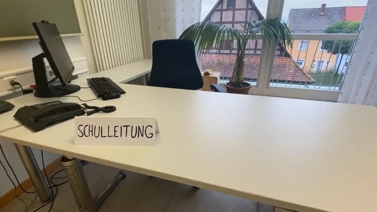 Schillingsfürst: Per Kontaktanzeige zur Schulleiterin