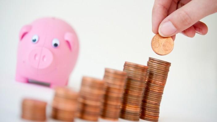 Stichprobe:Negativzinsen auch für Privatkonto unter 100 000 Euro