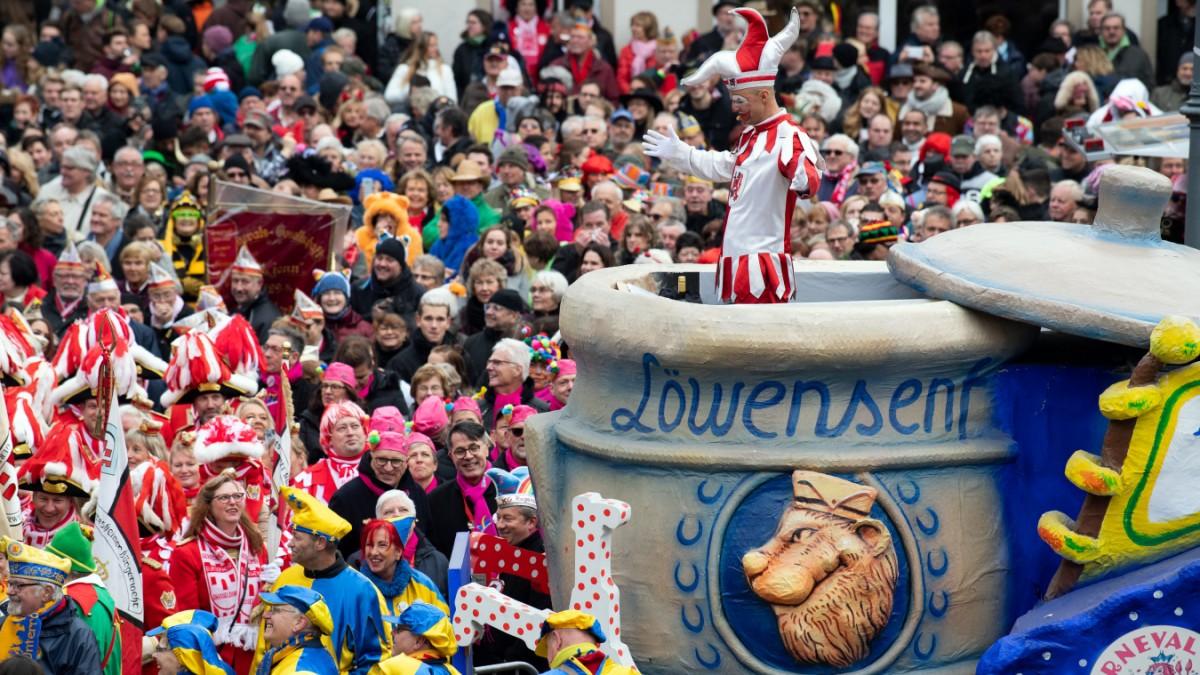 Attacke mit Kabelbinder im Kölner Karneval
