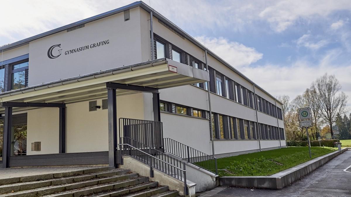 Grafinger Gymnasium - Schüler lassen antisemitische Hetze im Klassenchat auffliegen - Süddeutsche Zeitung