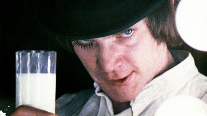 Malcolm Mcdowell Characters: Alex Film: A Clockwork Orange (UK/USA 1971) Director: Stanley Kubrick 19 December 1971 PUBL