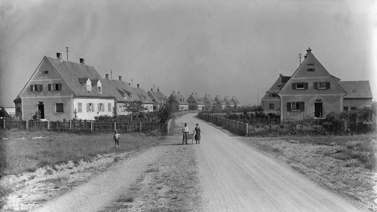 Ausstellung: 100 Jahre Wohnungsbau im Bauministerium