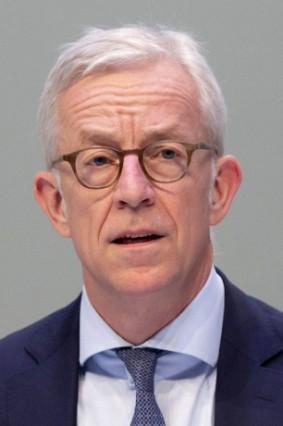 Karl von Rohr bei der Deutsche Bank AG Hauptversammlung 2019 in der Festhalle Messe Frankfurt Frank
