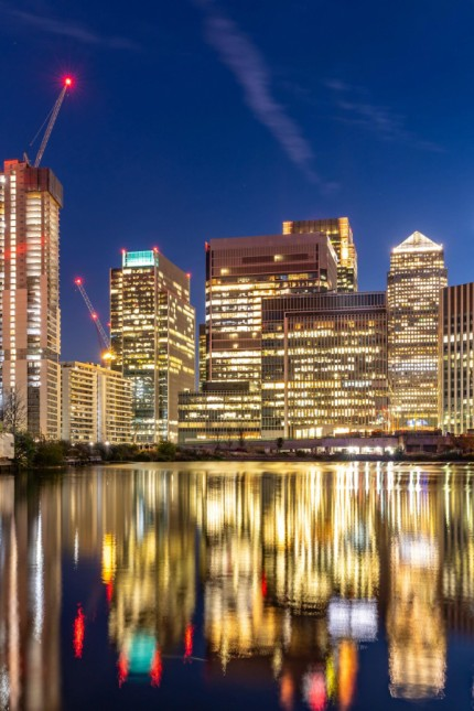 London Canary Wharf sunset PUBLICATIONxINxGERxSUIxAUTxONLY Copyright xvichie81x Panthermedia259852
