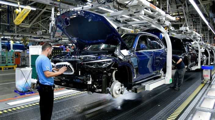 X model SUVs being built on the assembly line at the BMW manufacturing facility in Greer